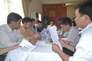 Các nhóm thảo luận
