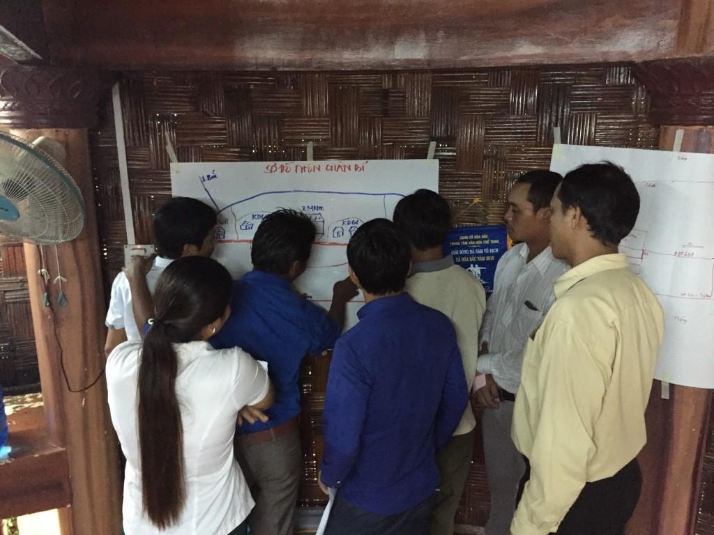 4. Thực hành xây dựng sơ đồ thôn bản tại thôn Giàn Bí xã Hoà Bắc, huyện Hoà Vang, TP Đà Nẵng